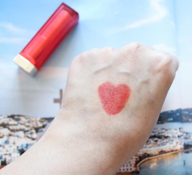 Maybelline-Bold-Matte-Lipstick-Mat4