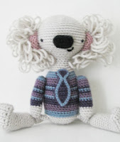 http://www.ravelry.com/patterns/library/kota-the-koala-amigurumi