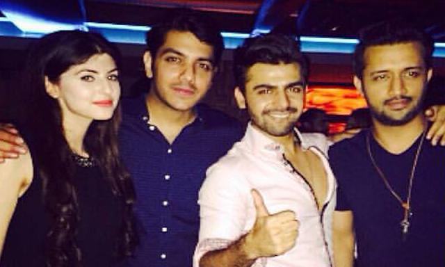 Atif Aslam, Farhan Saeed & Goher Mumtaz reunite at Ali Zafar's House ...