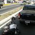 Acidente entre moto e caminhonete na Tomaz Landim causa grande congestionamento na zn