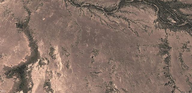 Сферические круги на Земле Намибия Южная Африка Очень сильная энергетика Намибийских сфер. Меняет генный код. Силовое магнитное влияние на кристаллические структуры.
