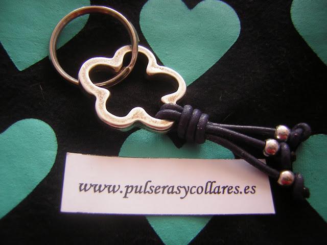 pulseras y collares