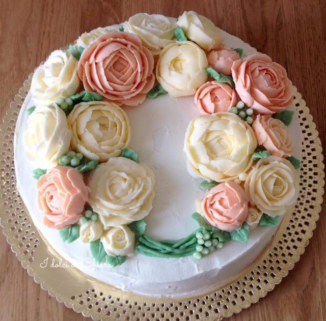 http://lamiapasticceriamoderna.blogspot.it/2017/02/torte-decorate-con-fiori-di-crema-al.html