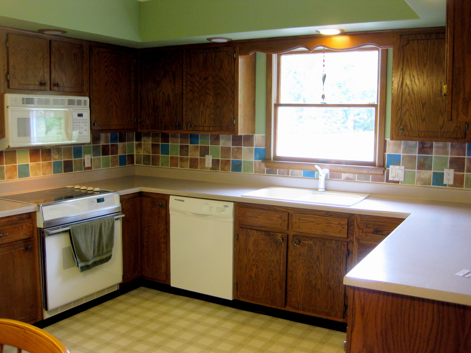 how to put kitchen tiles on the wall kathy s backsplash reality daydream 9819