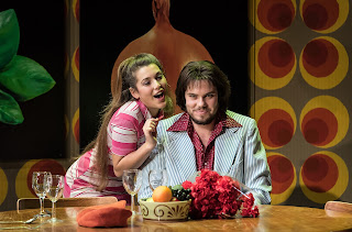 Le donne curiose Nicola Said as Rosaura and Thomas Atkins as Florindo Credit Clive Barda