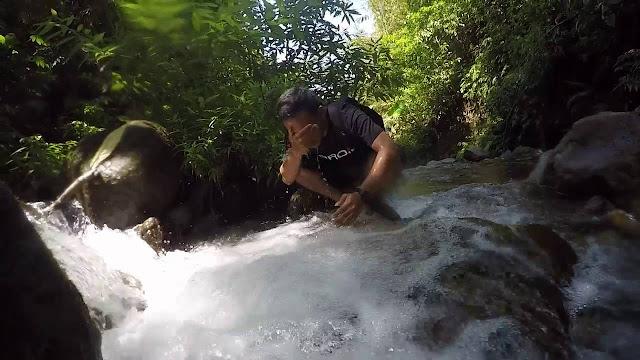 Kesegaran Air Terjun Dlundung Mojokerto