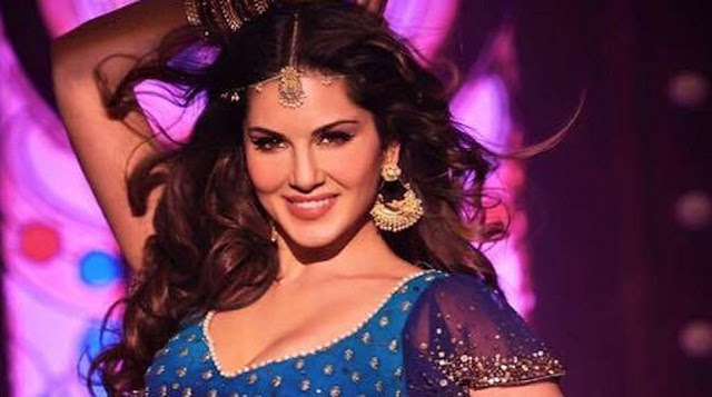 Sunny-Leone-embodied-beauty-and-mystery