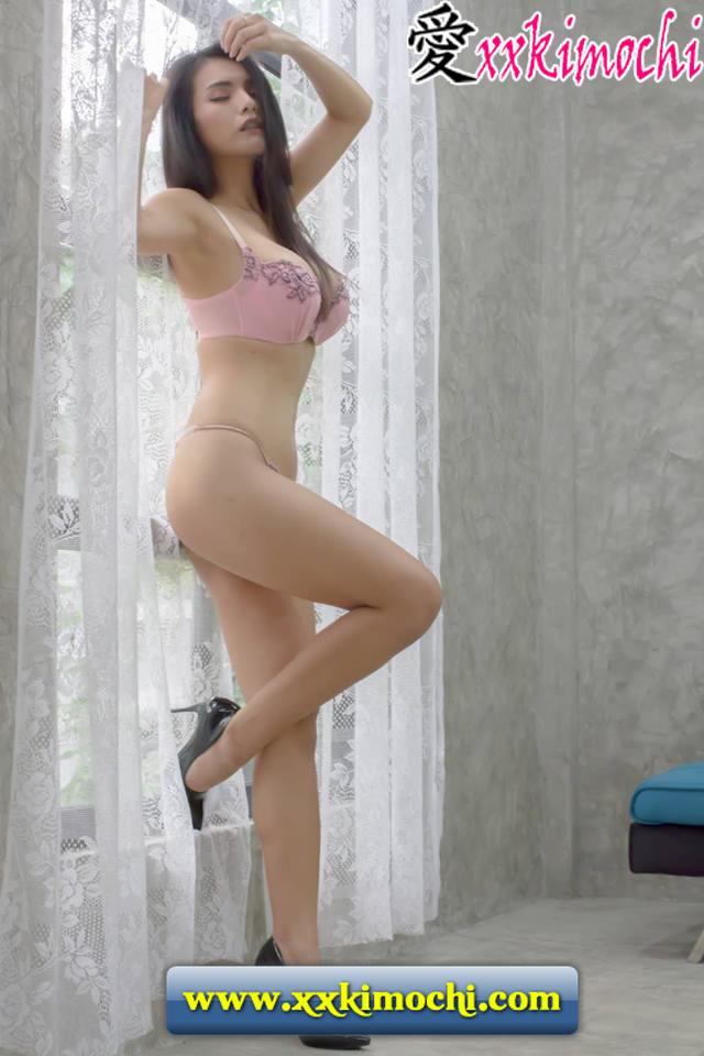 Foto Seksi dan Hot Bernama Sumitra Sarakorn 01