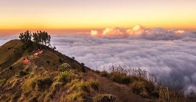 Sunrise Plawangan Sembalun