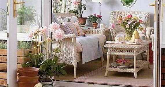 Decorating Vintage Cottage Style Interiors