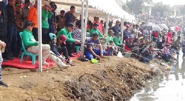 Membangun Kearifan Lokal Sungai Citarum Dengan Mancing Mania