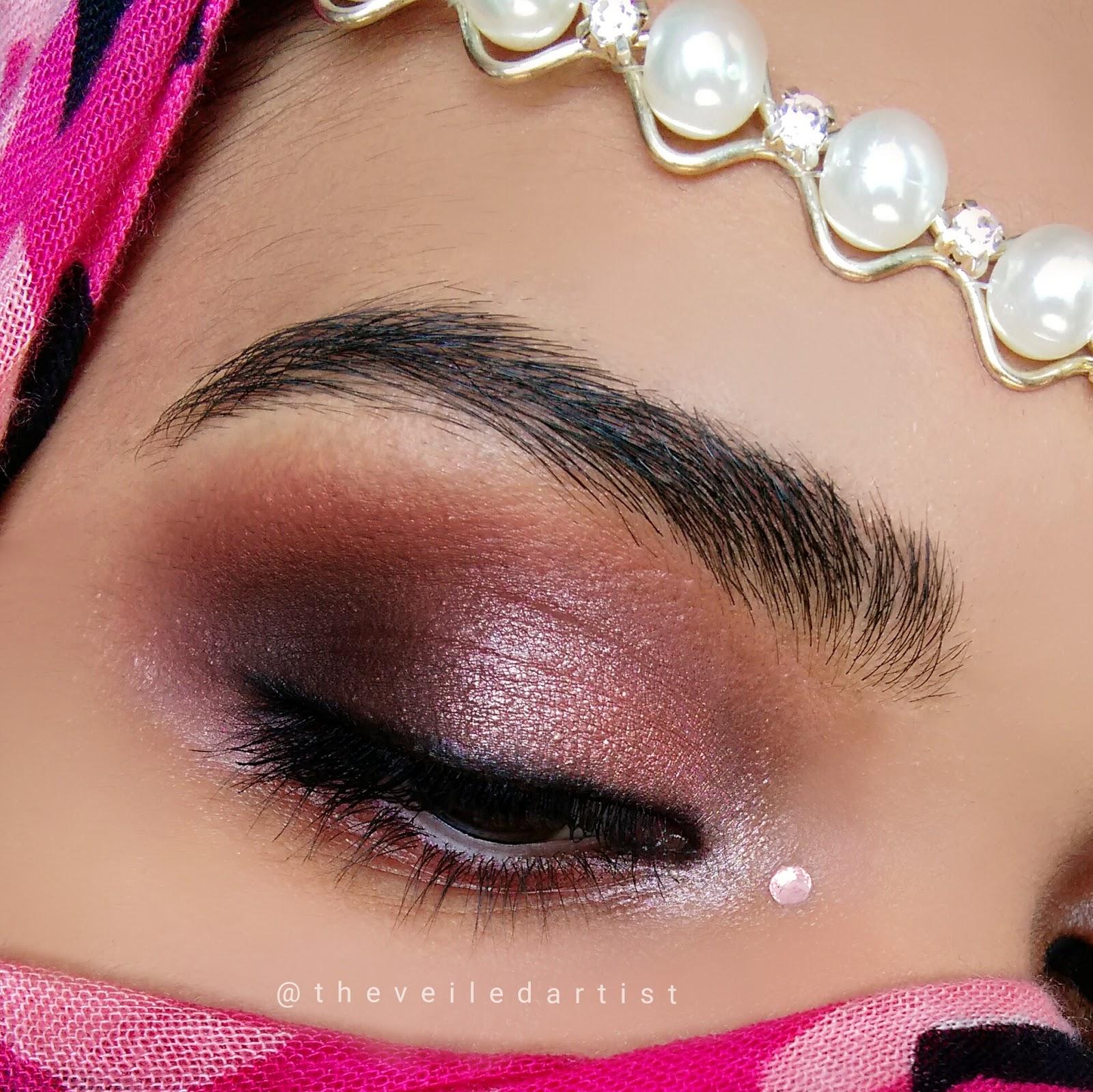 Glowy Smokey Eyes For Brides Weddingpromevent Makeup Tutorial