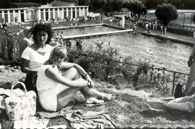 photo noir et blanc, piscine d'Aurillac en 1958