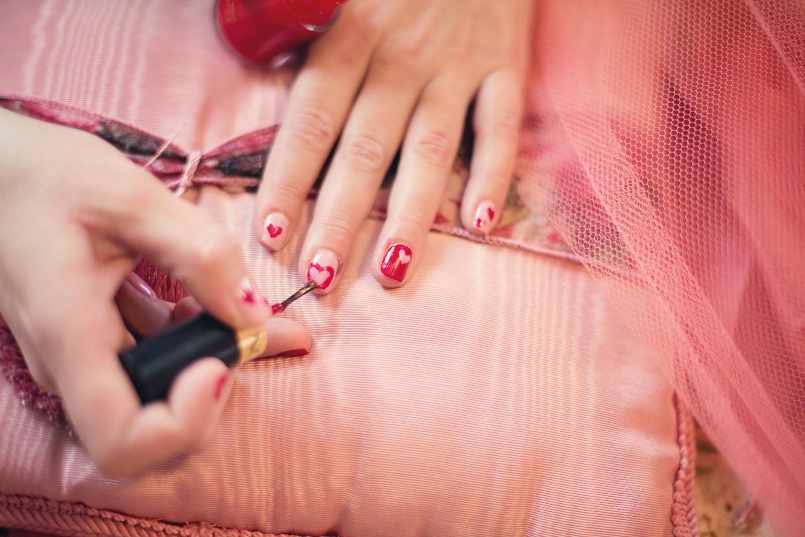 manicure na jesien, zimowy manicure, ulubione lakiery na jesien i zime, wylegarnia pomyslow
