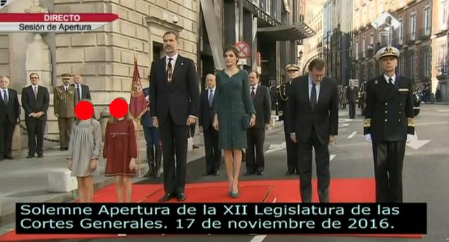 Finalmente Podemos saludó a los Reyes en la apertura solemne de la legislatura