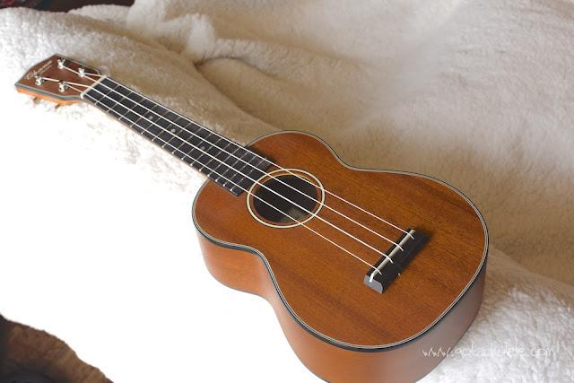Ohana SK-14 soprano ukulele