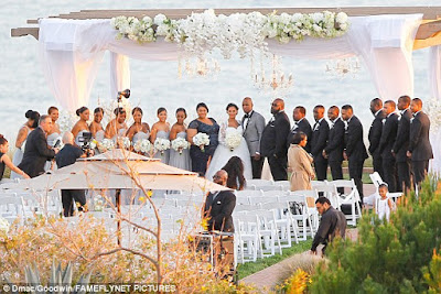neyo and Crystal Renay wedding ceremony pictures