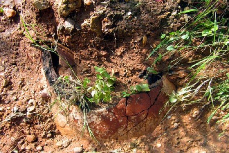 Ancient burial urns surface on stream bed in southern India