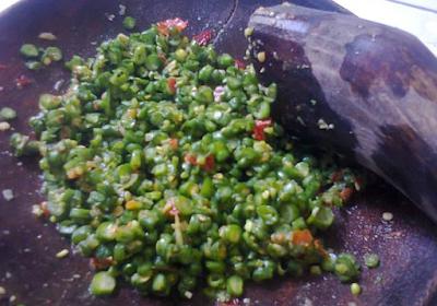 Resep Pencok Kacang Panjang Khas Sunda
