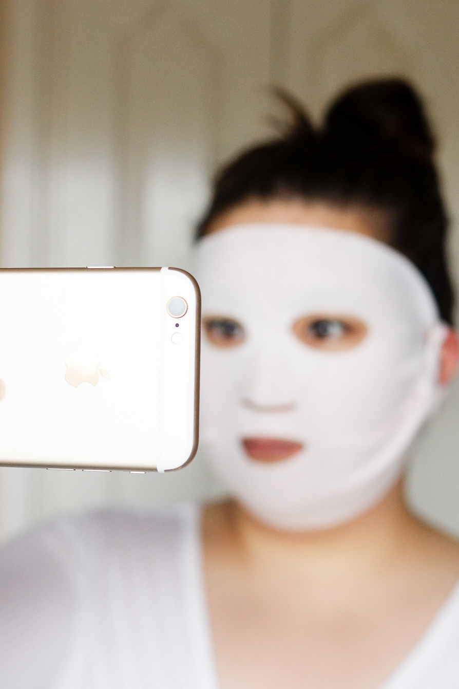 charlotte-tilbury-dry-sheet-mask-review-try-on-results
