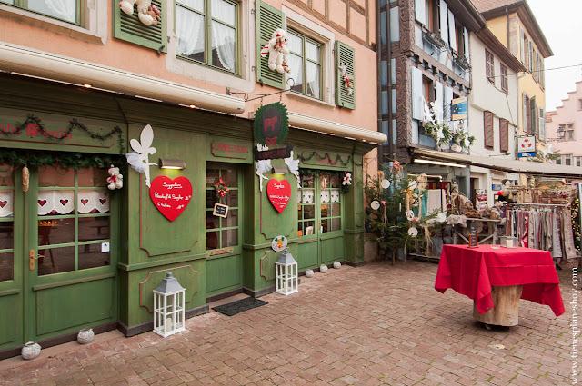 Comer en Turckheim Alsacia pueblos Navidad