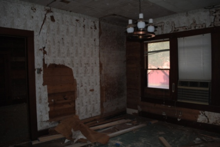 Reno Paint Mart >> The Farmer's Nest: Library, Master Bedroom and Bathroom ...