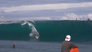 Matahi DROLLET Go For It @ Teahupoo Tahti