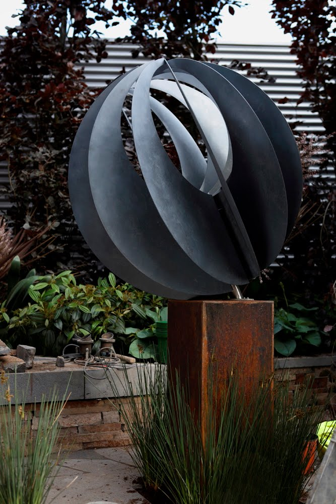 Sculptural Spheres Crazy Wonderful: Lump Sculpture Studio Specialising In Corten Steel: March 2012