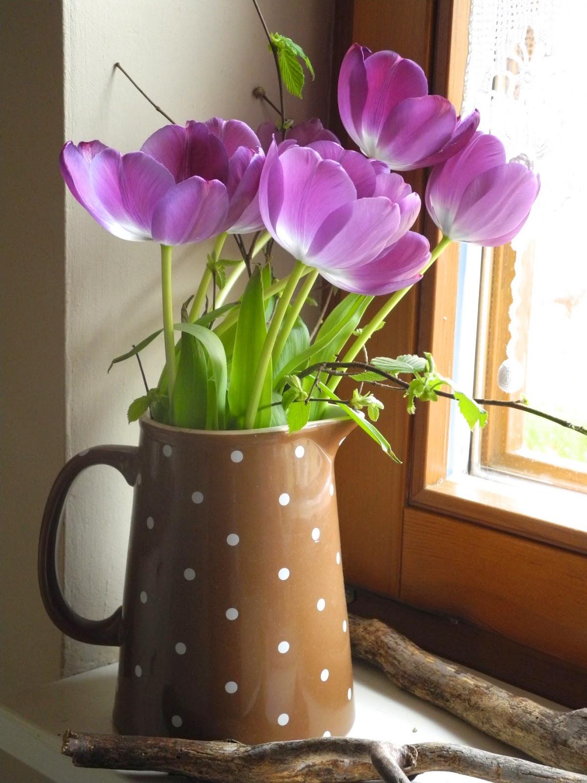 schmiedegarten tulpen in der vase. Black Bedroom Furniture Sets. Home Design Ideas