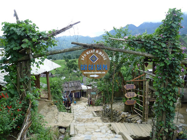 Cat Cat – the unique village of H'Mong people in Sapa 3