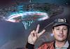 Blink 182 - Tom DeLonge debe 37 Millones por Compañia de Caza de OVNIS ¿?