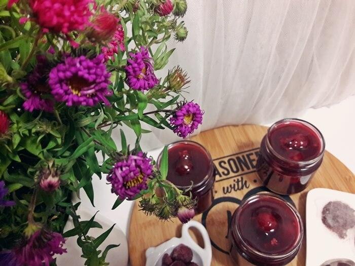 Herbaciany kisiel wiśniowy