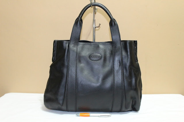 Tas Second Wishopp  Jual tas branded TOD S Black leather tote Rp ... d2e849ee5f