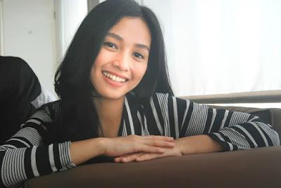 Tya Arifin Cantik