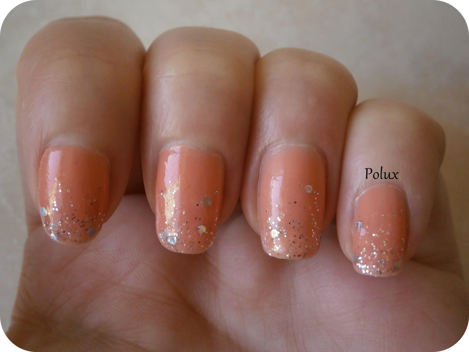 tuto d grad de paillettes nail arts corail argent et noir or les ongles enchant s de polux. Black Bedroom Furniture Sets. Home Design Ideas
