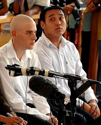 Matthew Norman (left) and Tan Duc Thanh Nguyen in February 2006