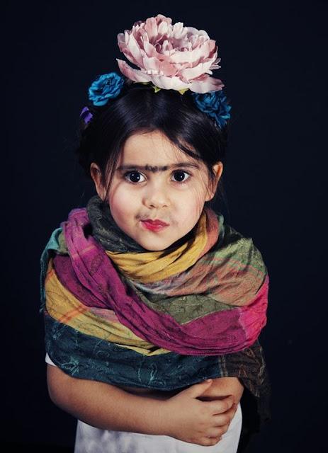 Disfraz de Frida Kahlo para niñas, una delicia