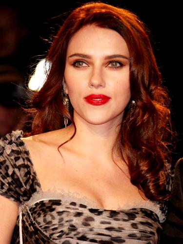 Scarlett Johansson Red Hair Images & Pictures - Becuo