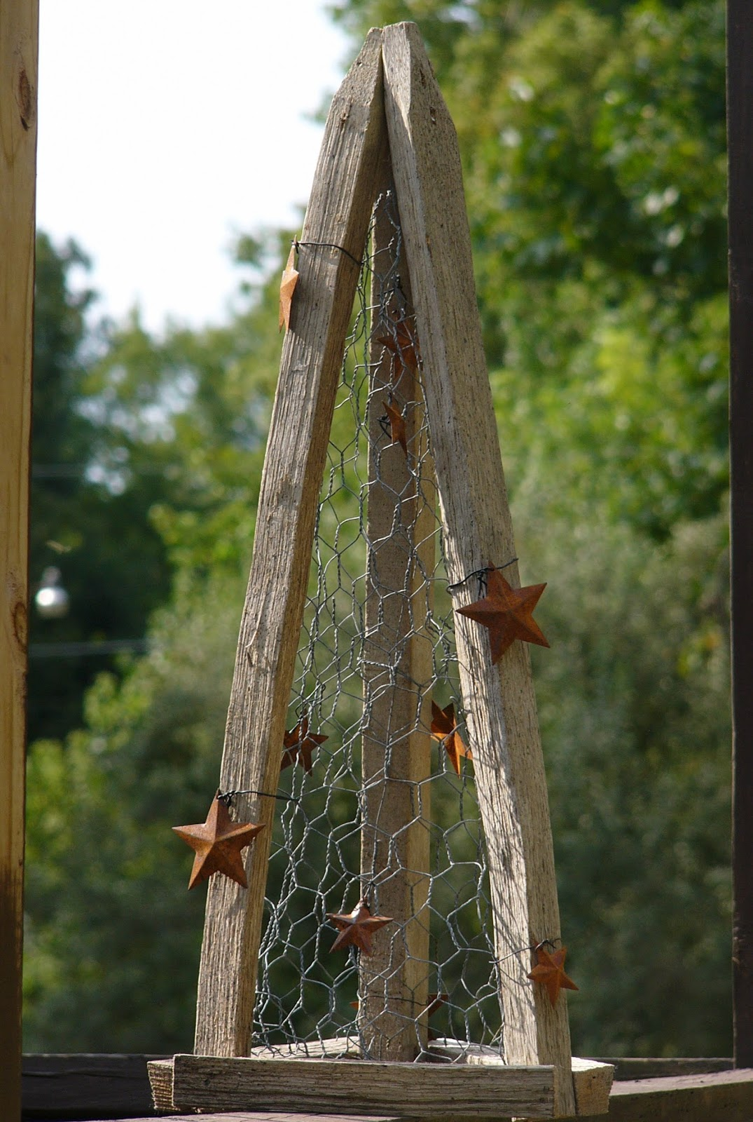 Craft Booth 555 Diy Tobacco Stick Tree With Chicken Wire