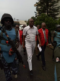 BREAKING! Fayose All Smiles After He Was Granted Bail With N50M