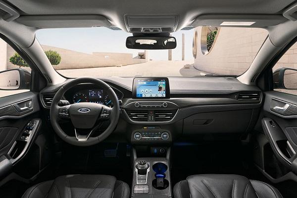 Interior Nuevo Ford Focus IV Vignale 2019