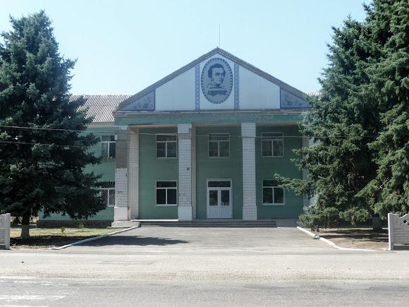 Васильковка. Район Низ. Улица Соборная. Дом культуры