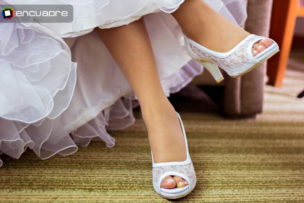 fotos novias zapatos