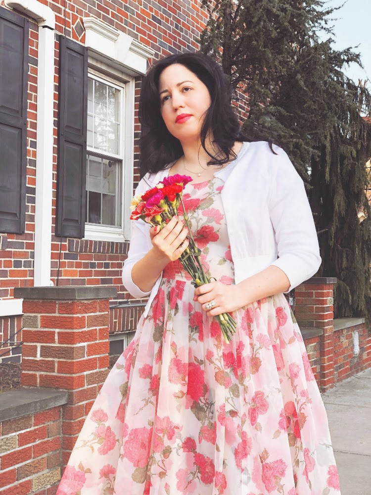 A Vintage Nerd, Vintage Blog, Plus Size Fashion Blogger, Disabled Fashion, Cats Like Us, True Vintage Dresses, Vintage Spring Fashion, 1950's Vintage Dresses