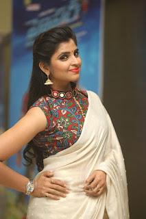 Anchor Shyamal new glam pics 013.jpg