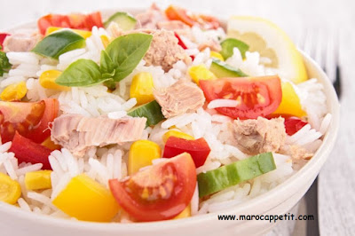 Recette de salade de riz au thon, maïs et tomates cerises | Recipe of rice salad with tuna, corn and cherry tomatoes