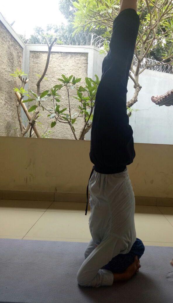Dengan Floating Yoga, Pristine 8+ Bantu Hidup Sehat, Netral dan Seimbang