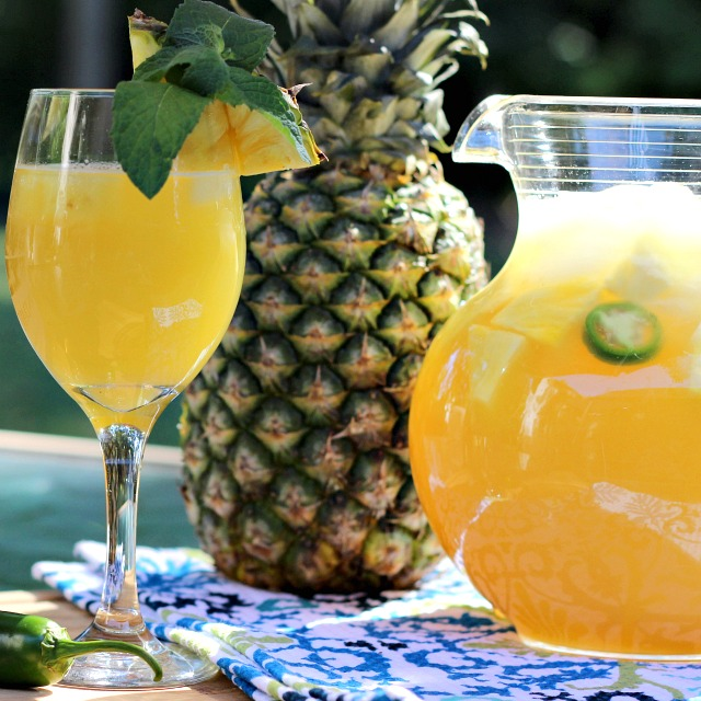 Pineapple-Jalapeno Wine Spritzer