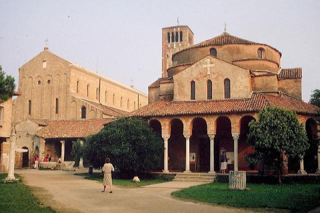 Igreja di Santa Fosca na Ilha de Torcello em Veneza