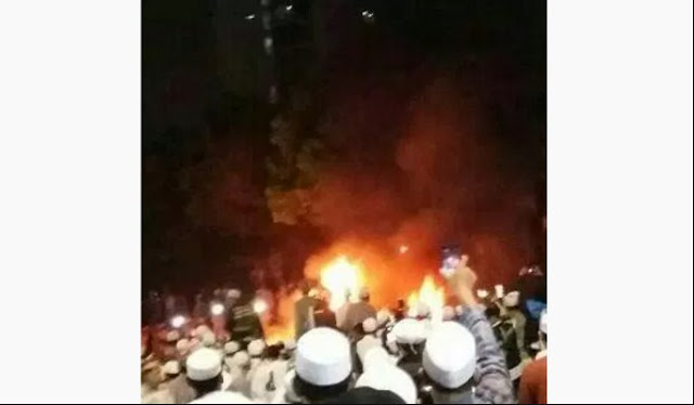 Terjadi Ledakan Mobil Dekat Lokasi Tabligh Akbar Habib Rizieq di Cawang